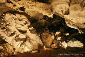 Пещерата отвътре